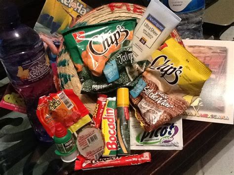 """Mexican Themed Welcome Basket, inside """"Viva Mexico"""