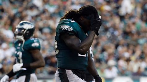 Ajayi done for season with reported torn ACL - TSN