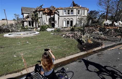 Downtown Dallas hit by tornado: 'We were very fortunate