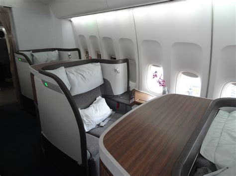 Review: First Class Cathay Pacific - Hong Kong - Tokyo